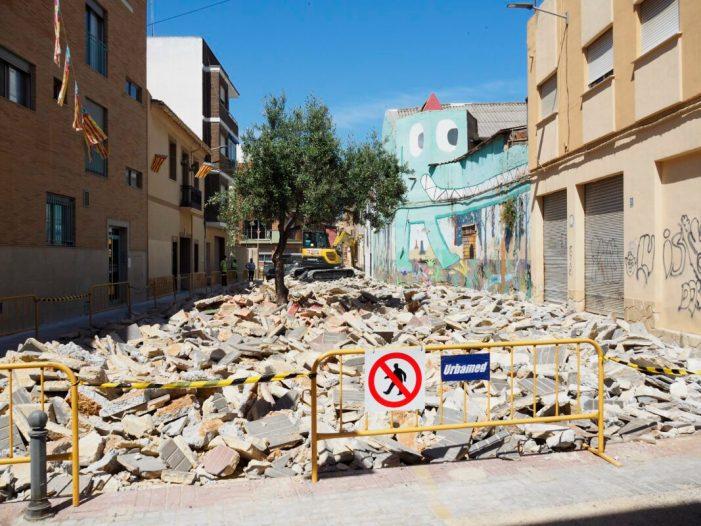 En marxa les obres de millora de la plaça de les Fonts de Torrent i el seu entorn