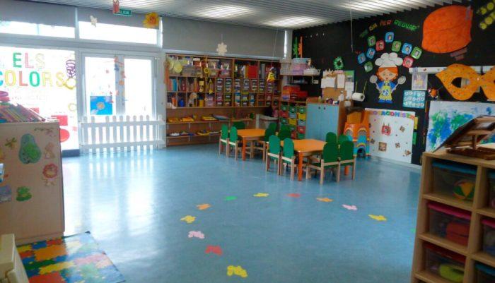 L'Ajuntament de València amplia al mes de juliol l'ajuda del xec escolar per la crisi