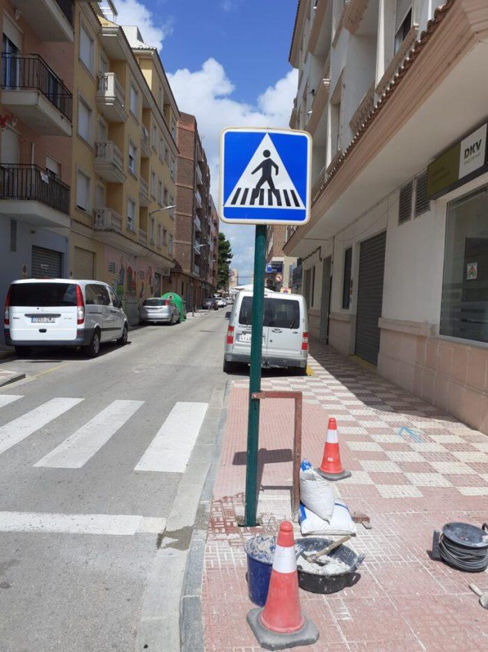 El manteniment dels espais públics continua endavant a Almussafes malgrat l'estat d'alarma
