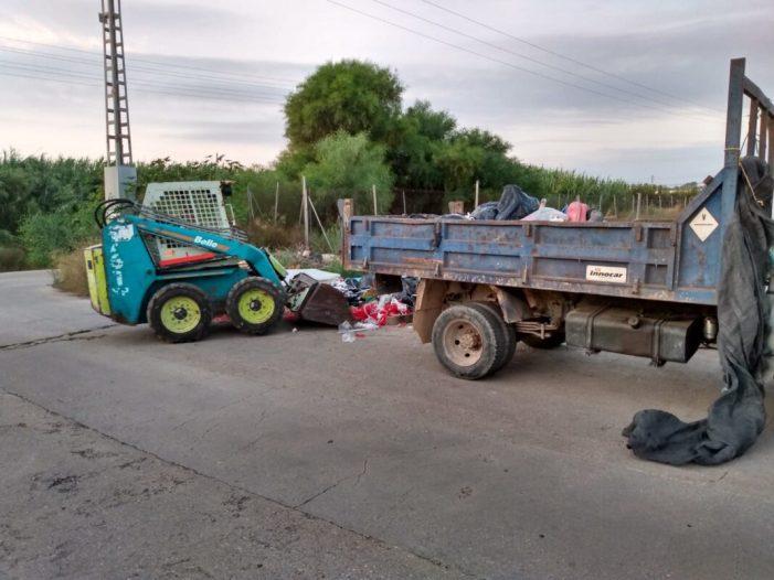 Més de 28.000 quilos d'enderrocs són retirats d'abocadors il·legals d'Alzira en mes i mig