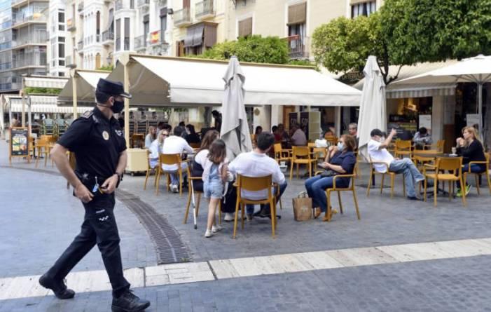 La Policia Nacional sanciona a 846 persones per no usar la màscara en el que portem de mes