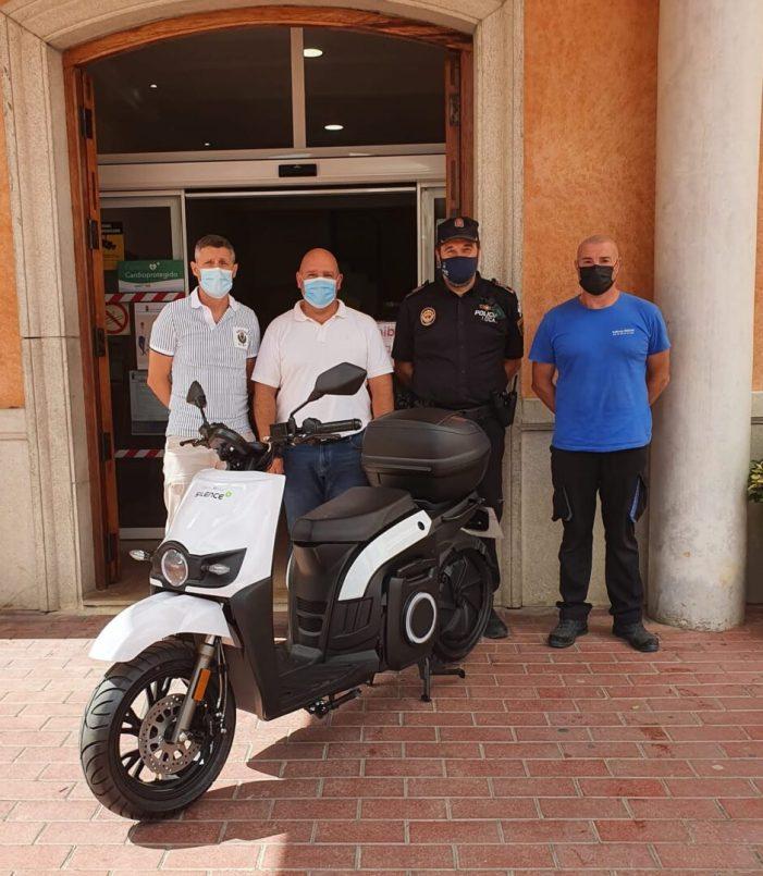 Nova motocicleta per a ús dels serveis municipals de Turís