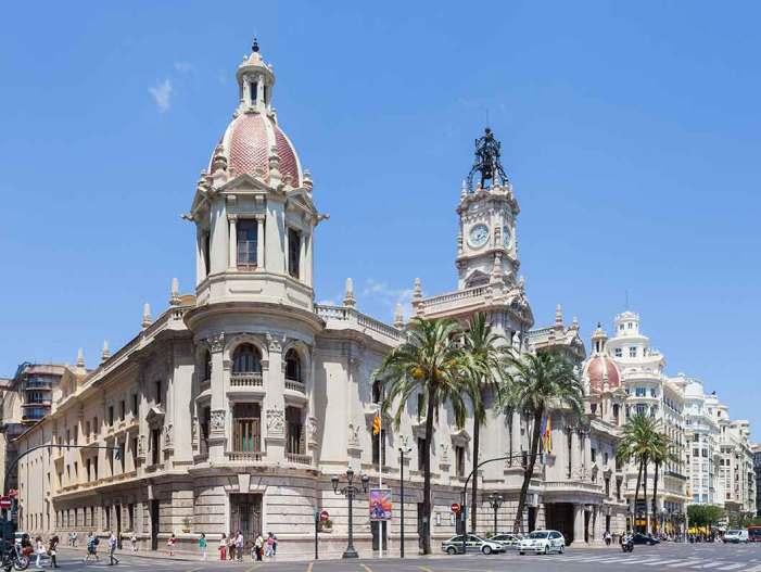 El Ple de València reclama un acord per a la reforma del model de finançament autonòmic i local