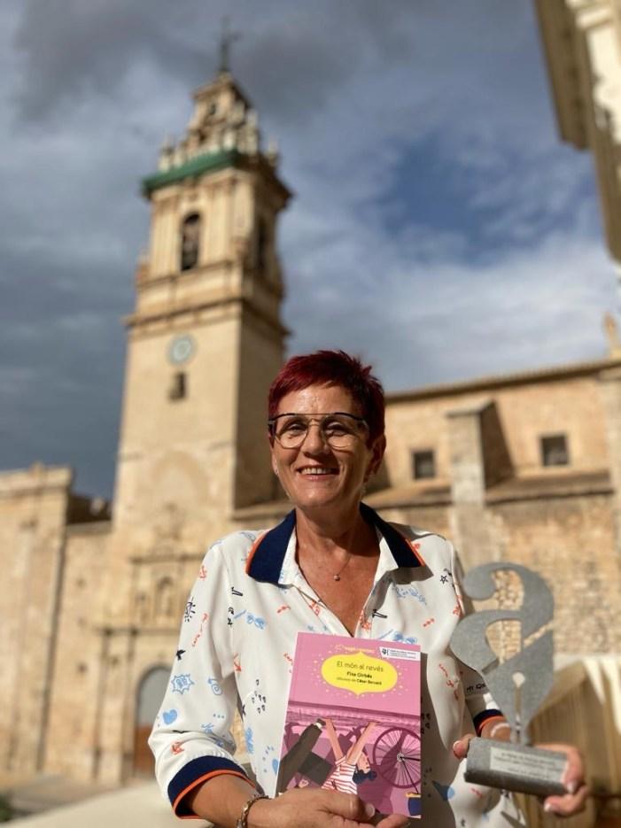 Les escriptores Paula Ferrer i Fina Girbés guanyen la 3a edició dels Premis Algemesí de Literatura Infantil