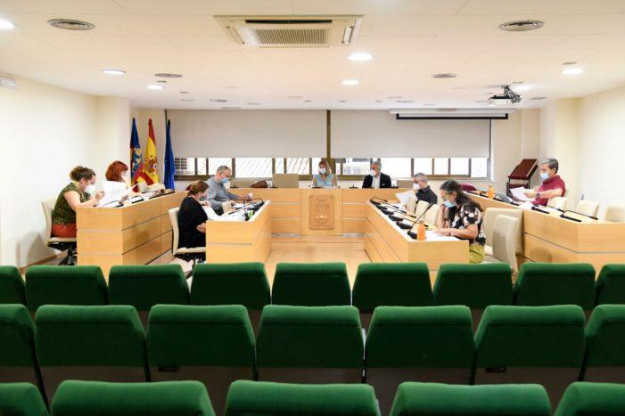 Reunió de treball a Paiporta per a dissenyar el centre de dia de Vil·la Amparo