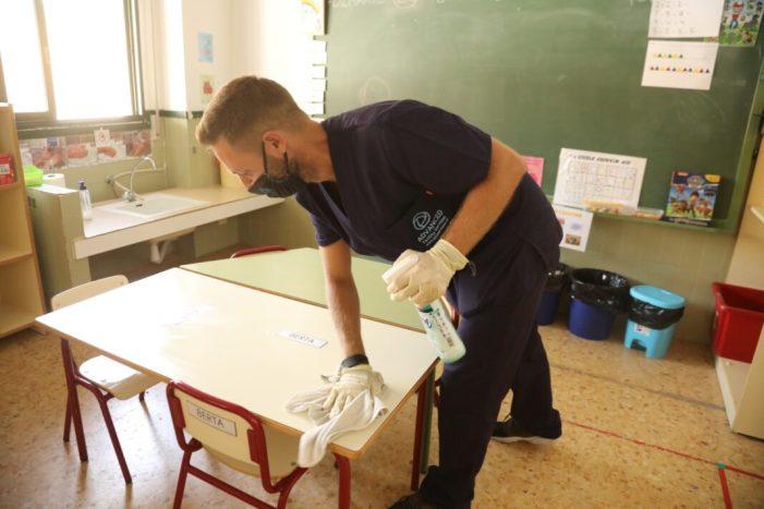 Sumacàrcer intensifica la neteja en la localitat per a lluitar contra la pandèmia de la Covid-19