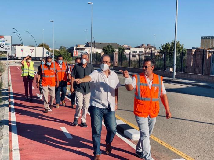 Avancen les obres del carril bici davant d'Amcor  a Alzira