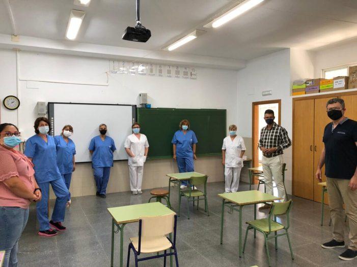 L'Ajuntament d'Almussafes augmenta en 13.000 euros mensuals el pressupost per a la desinfecció diària dels centres educatius