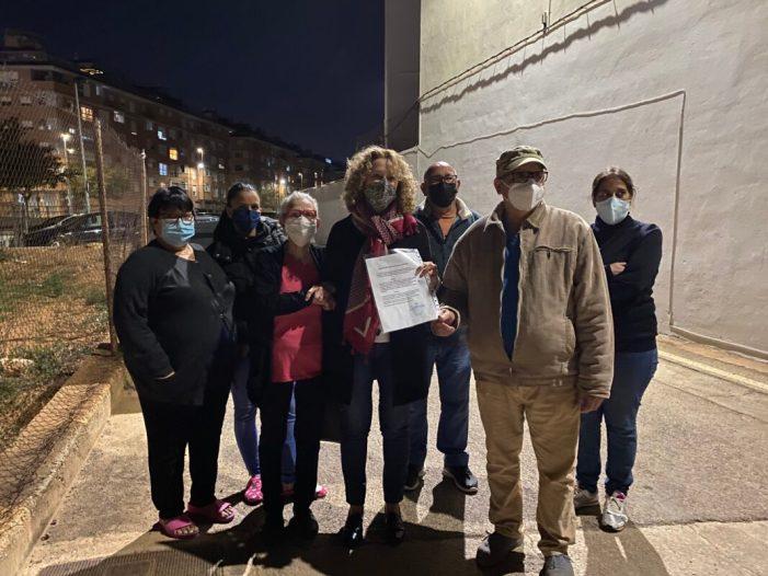 El PP reitera les deficiències del barri Verge de la Macarena de Torrent després de reunir-se amb els seus veïns