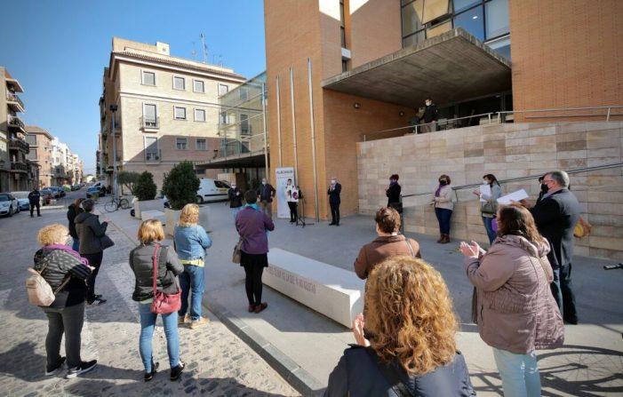 L'Ajuntament d'Alboraia guarda un minut de silenci per les víctimes de violència masclista pel 25N