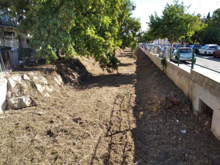 Godella realitza les labors de neteja en l'últim tram del Barranc dels Frares