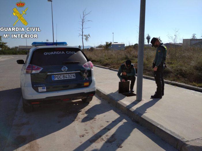 La Guàrdia Civil procedeix contra 2 persones pels delictes de robatori amb força de 8.000 metres de coure en polígons de la localitat de Sueca