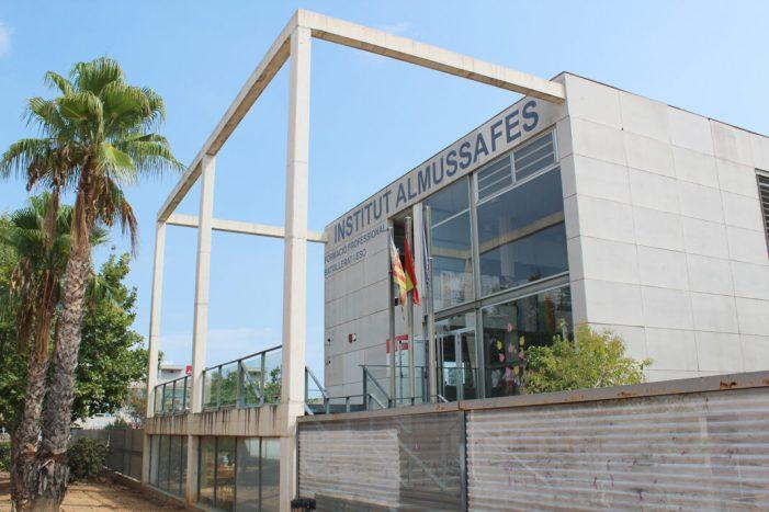 L'IES Almussafes aconsegueix la seua segona Beca Dualiza Bankia en tres anys