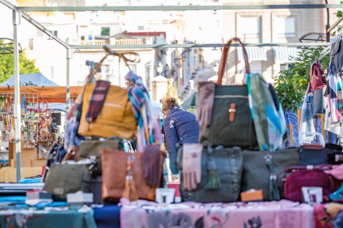 Cullera suspén les càbiles i el mercat ambulant