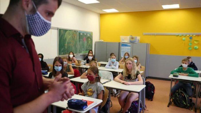 L'Alcúdia demana que el personal docent siga considerat prioritari en la segona fase de vacunació