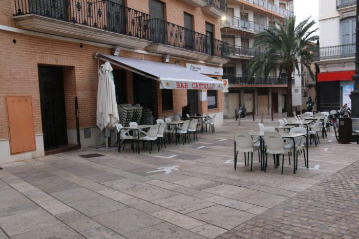 L'Ajuntament de l'Alcúdia suspén la taxa d'ocupació de terrasses en 2021
