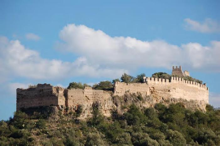 La Diputació inicia les obres per a consolidar la muralla del Castell de Corbera i protegir la seua arqueologia