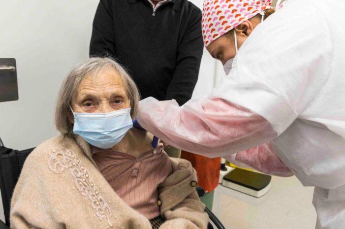 Sanitat recorda que les mesures de protecció enfront de la COVID-19 han de respectar-les tant les persones vacunades com les no vacunades
