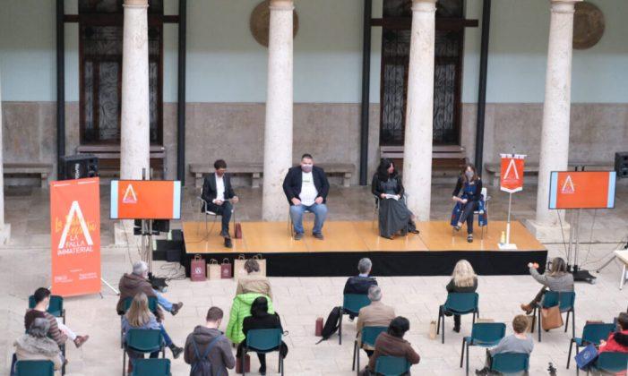 La Universitat de València dedica la Falla Immaterial 2021 al cant tradicional valencià