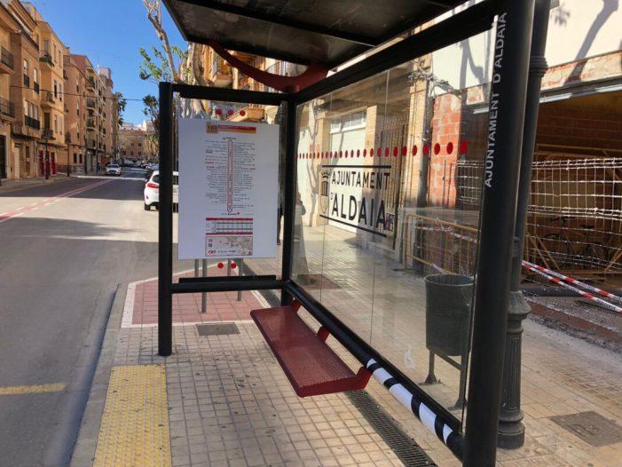 Aldaia renova les parades de bus amb més informació i accessibilitat