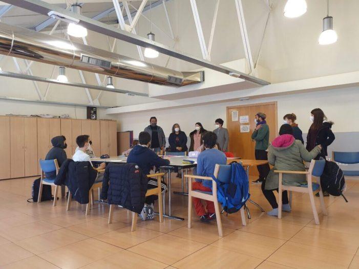 """Burjassot inicia la """"Aula de dia"""" amb 23 alumnes de l'IES Comarcal"""