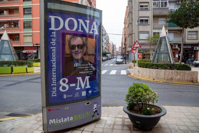 El violeta acoloreix els carrers d'una Mislata bolcada amb la igualtat