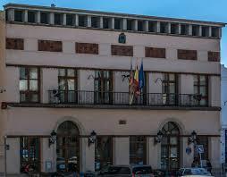 Alberic manté vives les Falles amb el seu I Concurs de Ninots de Falla fets a casa