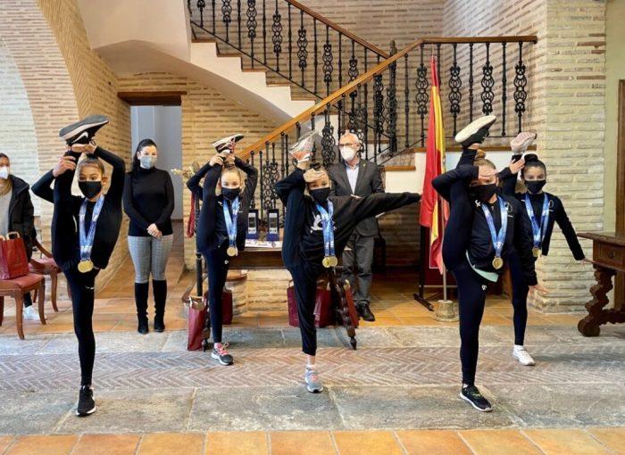 Les cinc esportistes del CGR Alboraia van aconseguir l'or en el conjunt Benjamí Absolut en el campionat nacional que va tindre lloc a la Comunitat Valenciana