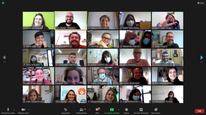 """Alaquàs participa en el seminari estatal """"teixint amb corresponsals juvenils"""" organitzat per la xarxa joves.net"""