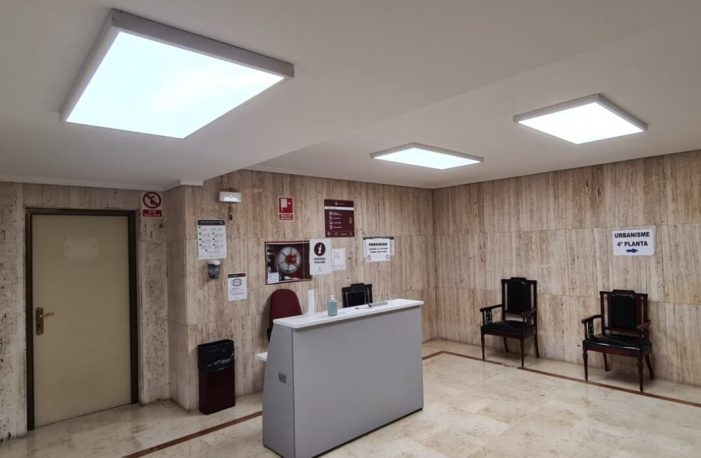 La substitució de punts de llums en  dependències municipals d'Alzira estalviaran 5.500 euros anuals