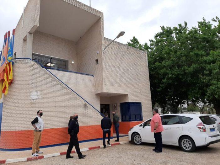 Visita a la seu de Protecció Civil d'Almussafes després de les millores escomeses per l'Ajuntament