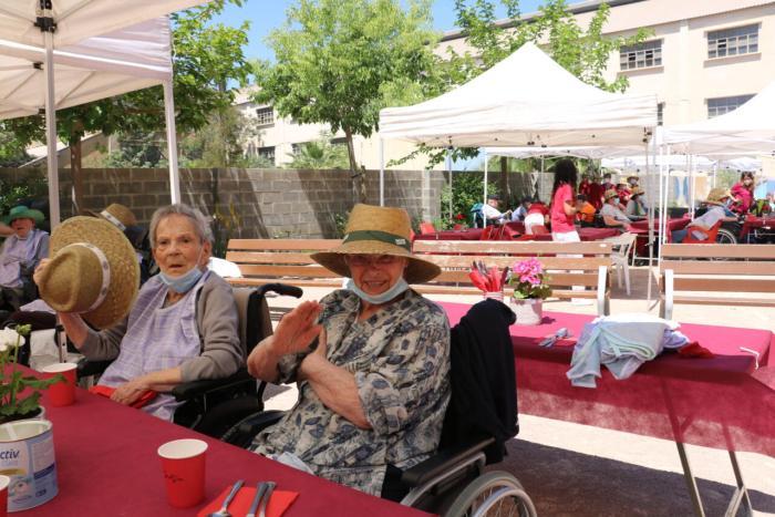 La residència de tipologia mixta de Quart de Poblet celebra el seu quart aniversari amb il·lusió, esperança i sense Covid
