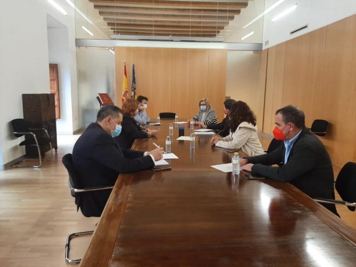 L'Equip de Govern de Carlet es reuneix amb la Delegada del Govern