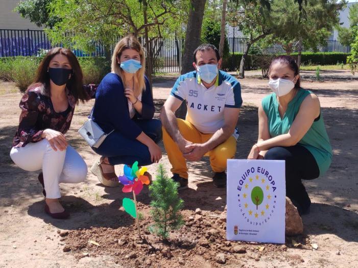Bonrepòs i Mirambell planta un arbre per cada bebé nascut en 2020 en la localitat