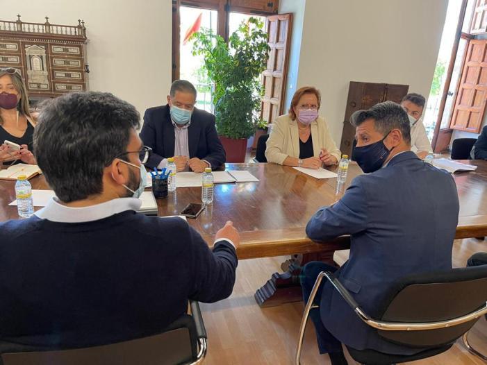 Toni González promou la constitució de la comissió tècnica per a la transformació integral del clúster industrial d'Almussafes en Delegació del Govern