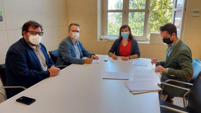 València pagarà ulleres, lentilles i audiòfons a usuaris dels centres municipals de servicis socials
