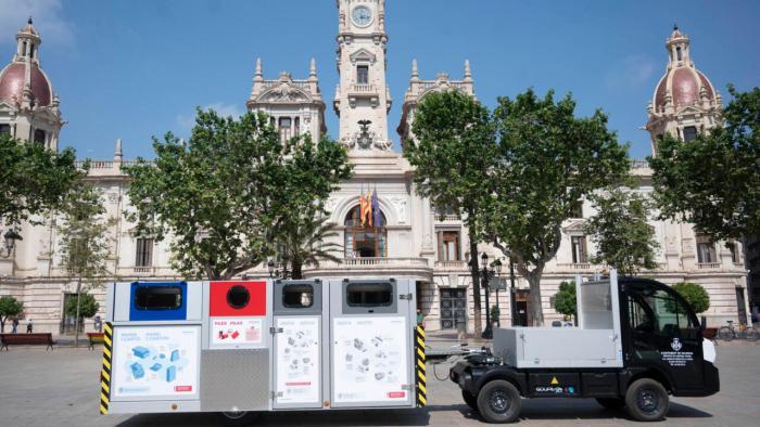 L'Ajuntament de València enceta la campanya d'informació porta a porta per aplicar el nou sistema de recollida de residus en Ciutat Vella Nord