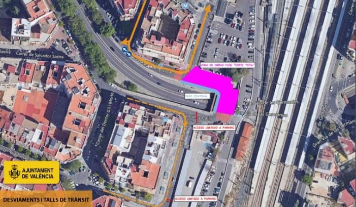 L'accés al carrer Bailèn des de la Gran Via de Ramón y Cajal romandrà tallada fins a agost per les obres en la línia 10 del metre