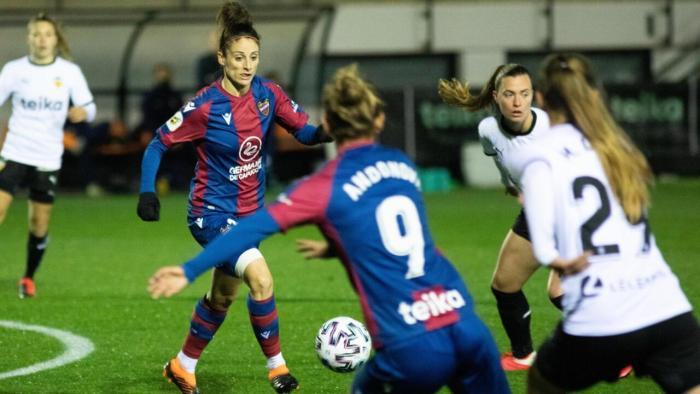 València avança en la coordinació de la candidatura per a ser seu de la Lliga Professional de Futbol Femení