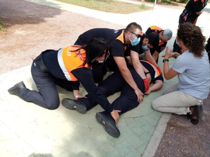 L'Agrupació de Voluntaris de Protecció Civil Burjassot continuen formant-se per a ajudar a la ciutadania