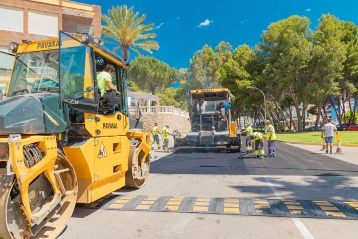 Cullera seguix amb el Pla Asfalta i adequa 13.000 m2 de vies públiques