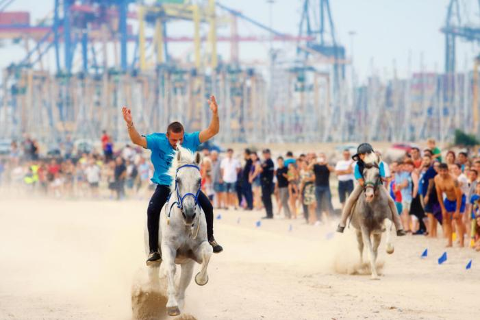 L'Ajuntament de València enceta els tràmits per sol·licitar que les corregudes de joies de Pinedo siguen declarades festa d'interés turístic provincial