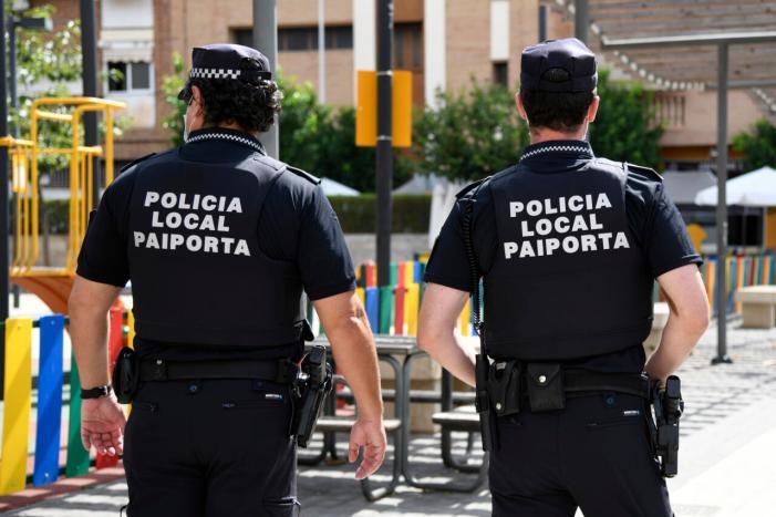 La Policia Local de Paiporta salva la vida d'un bebé d'onze mesos