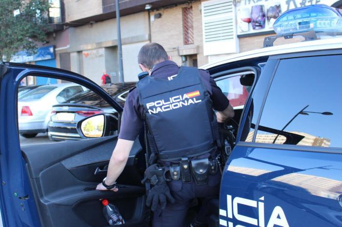 La Policia Nacional deté a València a una dona després de trencar-li un got en el front d'un home