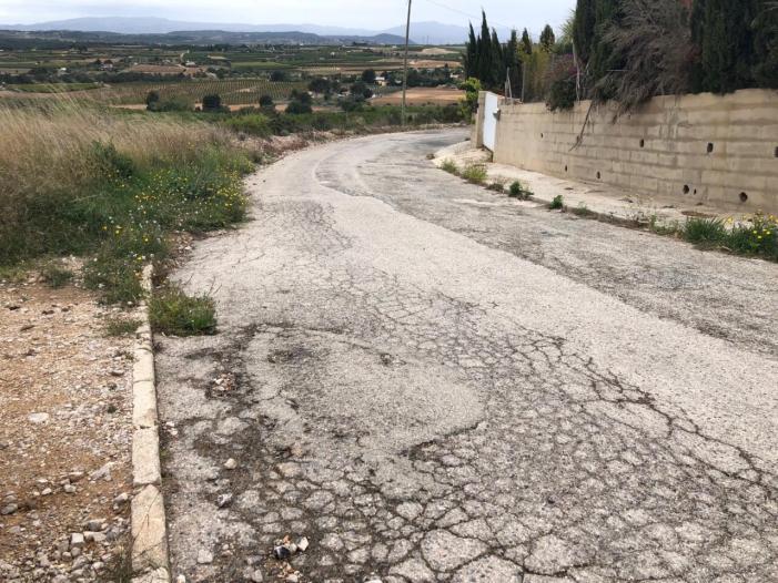 El PP de Torrent demana un pla d'asfaltat i enllumenat decent per a Calicanto
