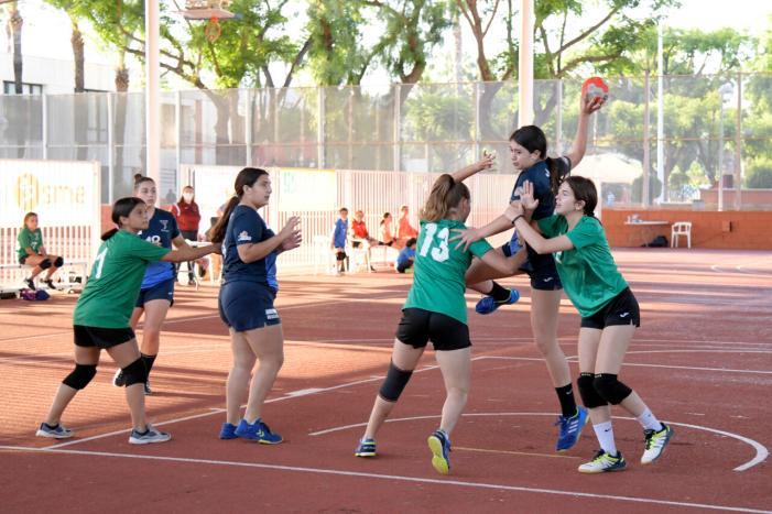 Torneig mixt de handbol dins del projecte Entrenant la Igualtat de Paiporta