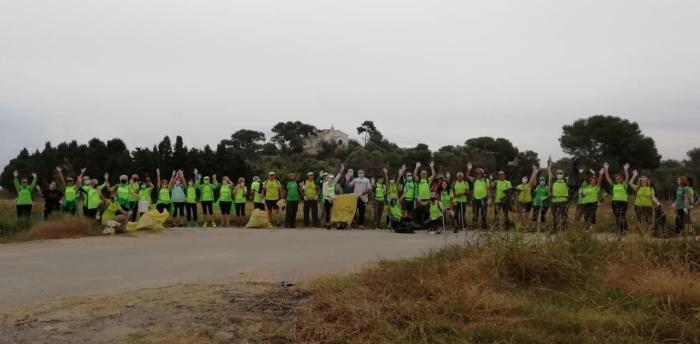 L'Ajuntament de Sueca col·labora amb el grup de senderisme 'Olivetes Xafaes' en la seua ruta ecològica