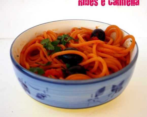 Spaghetti al peperoncino alla puttanesca