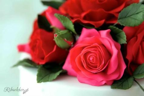 Hochzeitstorte Rosen 9
