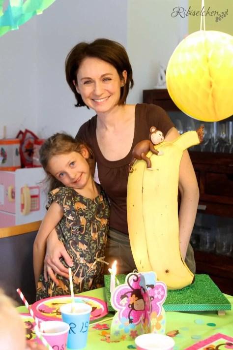 Bananentorte mit Affe